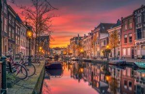 canal amsterdam
